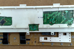 Вскрытие модуля стиральной машины для ремонта