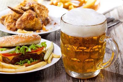 фастфуд и пиво