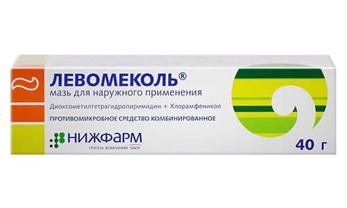 С целью профилактики Левомеколь используется при анальных трещинах и прочих проктологических патологиях