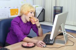 Малоподвижный образ жизни - причина нарушения осанки