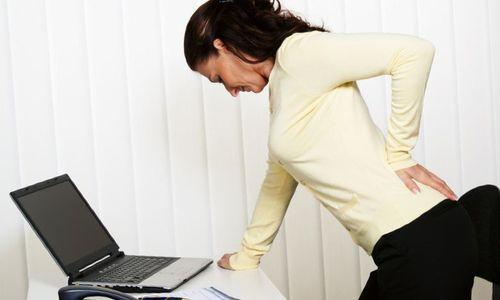 Боли в области спины при остеохондрозе