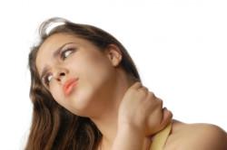 Боль в шее и ощущение хруста при спондилезе