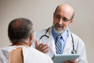 Консультация пациента с грибковым простатитом