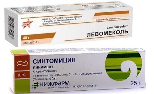 Левомеколь является комплексным средством с двумя действующими веществами, а Синтомициновая мазь - монокомпонентным