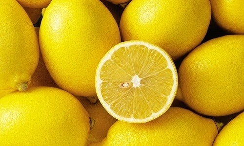 Лимон один из помощников в борьбе с аллергическим кашлем