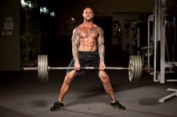 Подъем тяжестей как причина хондроза