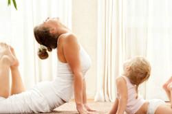 Упражнения с ребенком для правильной осанки