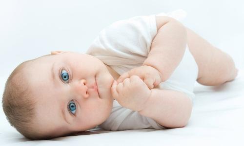 Проблема запора у новорожденных