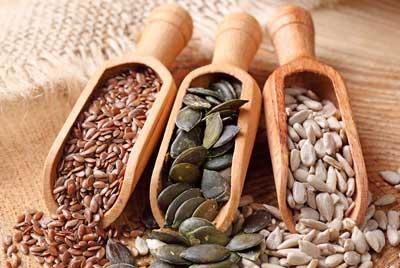 семена тыквы, подсолнечника и льна