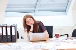 Сидячая работа - причина развития остеохондроза