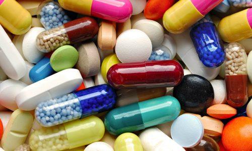 Устранение цистита невозможно без применения антибактериальных лекарств