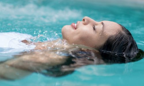 После лечения цистита полезно 7-10 дней провести на море для закрепления терапевтического эффекта