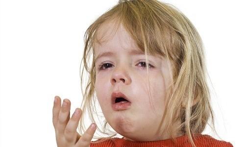 Сухой кашель у маленького ребенка