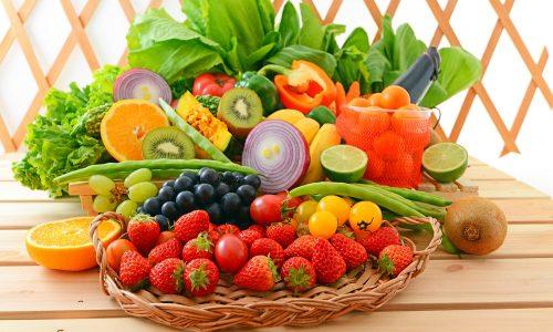 При цистите рекомендованы свежие овощи и фрукты