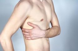 Кровохарканье вследствие травмы легочной ткани